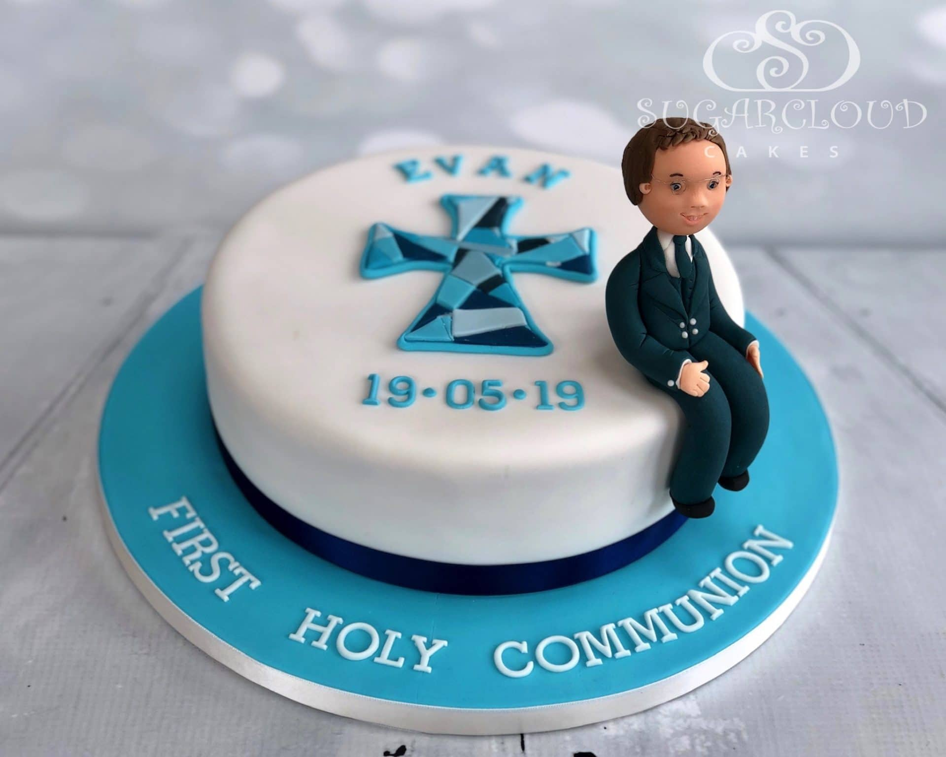 Evan Holy Communion Cake
