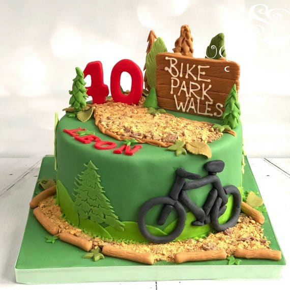 A Mountain Bike Themed 40th Birthday Cake