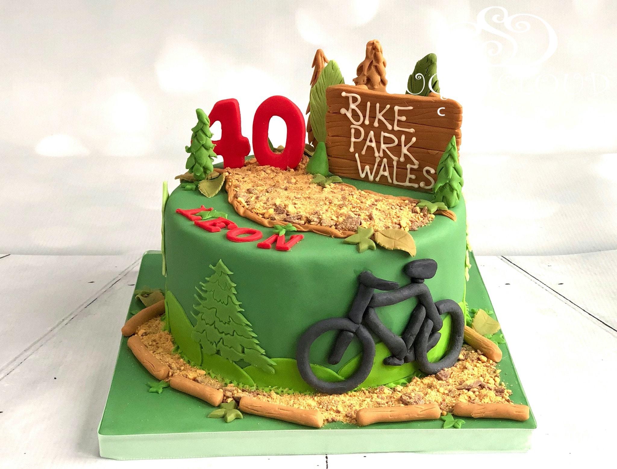 A Mountain Bike Themed 40th Birthday Cake